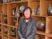 華麗備前会の代表を務める山麓窯の小松知子さん