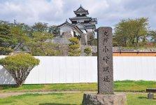 石垣の復旧工事が進む「白河小峰城」