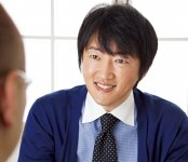 いとう・しんご コンサルティング・シスト代表。工業高校卒業後、名古屋鉄道に入社し系列の観光バス会社に配属。23歳までの5年間、旅行の手配業務、添乗員、営業などに従事する。退職後、各務原商工会議所へ。平成19年5月、38歳で中小企業診断士の資格取得。20年9月に独立開業。現在は地元岐阜県や愛知県を中心に年間約200件の企業経営者の相談に乗りながら、年間約100回ものセミナーや研修会などの講師を全国各地で務めている