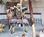 身近な生活用具一式で、神話、歴史上の人物などを表現する平田一式飾り