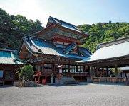 家康が竹千代と呼ばれていた幼少期に元服を行った「静岡浅間神社」