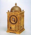 16 世紀の機械式時計として貴重な洋時計。スペイン国王から家康公に贈られたとされ、日本に現存する最古の機械式時計といわれる。久能山東照宮博物館で展示されている