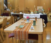 竹製家具や小物が買えるTAKE Create Hagiのショールーム。通販でも販売している