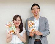 「札幌乙女ごはん」の企画を担当する札幌商工会議所の木戸徳秋さんと、編集を担当するマンガ出版社「エアーダイブ」の三守小百合さん
