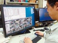 各従業員の作業の様子は事務所のパソコンで見ることができる。日時を指定して過去の画像を取り出して検証することも簡単だ