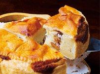 有名パティシエが考案したレシピで作った「さくらんぼパイ」。完熟した実の蜜漬けを使用