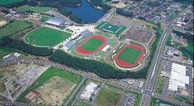 2万2000人収容可能な日本陸上競技連盟第1種公認陸上競技場。来年には「希望郷いわて国体」の総合開・閉会式が開催される