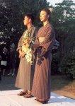 わくウエディングに参加した新婚カップルは亀田縞を着用