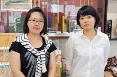 「駅前を活性化していきたい」と語る観光協会の南出さん(右)と山迫さん(左)