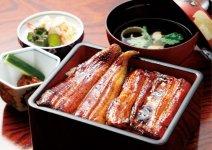 成田山名物のうなぎ。食事だけ楽しむこともできる