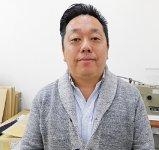 「1カ月のうち10日は仙台、10日は東京、残りの10日はシンガポールと飛び回っていますが、将来はグループの売上100億円を目指す」と展望を語る守井さん