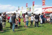 米沢商工会議所青年部主催の「鷹山公生誕祭Y-1グルメグランプリ」地産地消を推進したB級グルメコンテストなどが行われ2万人が来場する