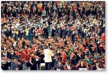 千人の音楽祭:出演者が2300人超の市内最大の音楽イベント。市内の小・中・高校の児童・生徒から90歳を超える年配の方まで幅広い市民が参加し、さまざまなジャンルの音楽や歌、パフォーマンスを披露
