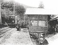 大正初めから昭和40年代まで、東北本線の花巻駅と温泉地を結ぶ鉄道が走っていた