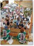 「きうり天王祭」:浴衣姿の若い人たちも多く、夏の訪れを告げる風物詩となっている。当地域は全国屈指の生産量を誇る「岩瀬きゅうり」の産地でもある