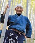 「昔みたいに生活の中に竹があるようにはならないと思いますが、最近は新たな竹の良さが見直されてきているということは感じます」と四代目の山岸義浩さん