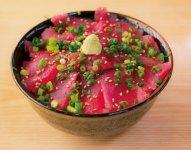 絶品まぐろの丼。三浦では新鮮な「三崎まぐろ」を存分に楽しむことができる