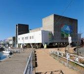 うらりマルシェ。28年11月にリニューアルオープンした。年間の来館者数150万人を目指す