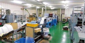清潔な印刷ラインではビジネスフォーム印刷、伝票などの一般事務用印刷、パンフレットなどの商業印刷を実施。米の通販商品のデザインなども自社で手掛けている