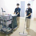 従業員約150人の9割が女性スタッフ。ビル清掃の国家資格を取得した人も多い