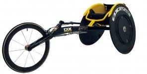 陸上競技用の三輪車いす「carbonGPX」はリオデジャネイロ大会時にジャパンチームの7割が使用したリオモデル