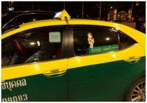 タイ・バンコク市内でGrabのステッカーを貼ったタクシーが増加