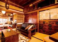 祖母の代まで住んでいたという住居と工房を「仙台箪笥伝承館」として平成29年4月まで公開していた