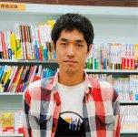 「読んだ本の感想を書くブログを趣味で15年くらい続けていて、年間200冊ペースで読んでいるのが、仕事にも役立っています」という長江貴士さん