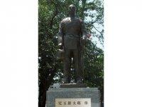 周南市出身の陸軍大将・児玉源太郎像