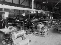 布地に模様を染色する、昭和初期の足利の捺染(なっせん)工場。ラインの数からも当時の活況ぶりが分かる