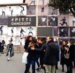 岐阜市の姉妹都市、イタリア・フィレンツェの国際的なメンズファッション展示会を視察し、平成29年10月にはフィレンツェの副市長らが来日するなど海外展開にも積極的だ