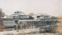 延岡市の中心部を流れる五ヶ瀬川沿いにあった谷家の旧家