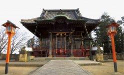 絹の歴史にゆかりの深い「諏訪神社」