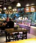 広州市内にオープンしたテンセントの生鮮食品スーパー「超級物種」の店内