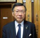山長商店会長の榎本長治さんは、田辺商工会議所の会頭も務めている。「市と市民の皆さま、そして商工会議所が三位一体となってまちづくりを行っていきます」