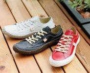 一般的に靴のサイズは0.5センチ単位だが、スピングルムーヴはXS(22.5センチ)からXL(28.5センチ)まで1センチ単位となっている