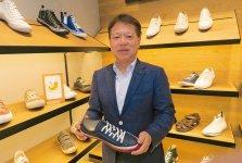 スピングルカンパニー社長の内田貴久さん。「商工会議所に入っていると、いろいろな中小企業の方と話すことができ、ものづくりをしていく上で非常に助かっています」
