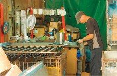 扱う製品が多種多様のため、技術や知識を蓄積した熟練作業者の存在が不可欠