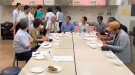 試食会ではセイタカヨシの粉末を使ったスイーツなどが好評