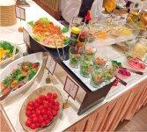 素材と調理法にこだわった朝食バイキング「感動の朝ごはん」は、ほかの旅館からも見学に来るほど