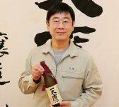 天鷹酒造社長の尾﨑宗範さん。「有機栽培というのは、単に化学物質を使わないことだけではなく、それにより環境に負荷をかけず、自然を後世まで維持していくことが一番の目的なのです」