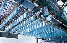2010年に稼働開始した本庄千本桜工場は、「ガリガリ君」の製造工程が見学できる。口コミを促す仕掛けの一つだ