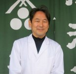 湯沢屋七代目の髙村英幸さん。「本物の酒まんじゅうはつくるに難しく、売るにも難しい。しかし、伝統的な作り方にはこだわっていきます」