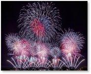 大正14年から始まった土浦全国花火競技大会。10月第1土曜日に開催