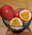 奄美を代表する果物。パッションフルーツ(トケイソウ)