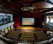今年で108歳の現存する日本最古級の映画館、高田世界館(国の登録有形文化財)