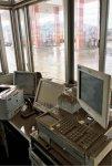 被災直後、敷地内一面に泥がたまり、これを除去する作業に苦労した。パソコンなどは机の上に置いてあったものの、全て水没して使えなくなった