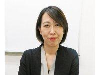 カラーズ代表取締役の田尻久美子さん。介護福祉士、介護支援専門員、保育士の資格も持つ。2011年に起業し、現在は大田区訪問介護事業者連絡会会長なども務める