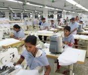 バングラデシュは識字率が低かったが、穏やかで真面目な国民性で作業効率は高い