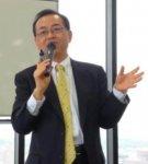 横山 昌彦(よこやま・まさひこ) 東京海上日動火災保険 広域法人部部長 兼 営業開発部参与 1983年早稲田大学政治経済学部卒業後、東京海上火災保険入社。商工3団体プロモーターとして、中小企業のリスクの分析、リスクヘッジ策の開発、普及推進を担当。セミナー講師やメディア出演も多く、1300回を超える講演を行い、講演の平均満足度は95%と高い。ハラスメント防止コンサルタント、メンタルヘルスマネジメント検定広報大使、健康マスター検定推進リーダー